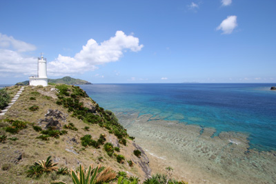 嘉比島の灯台