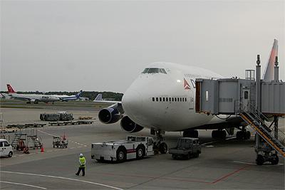 デルタ航空744