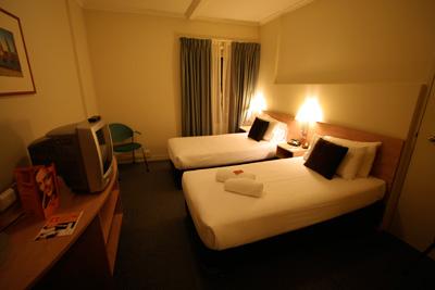 Day4-5 Ibis Perth Hotel